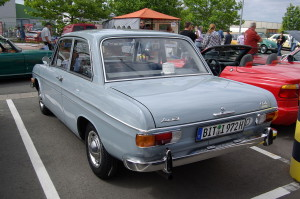 1280px-Audi_60_2012-09-01_14-17-54