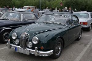 1280px-Jaguar_Mark_II_2012-07-15_14-02-06