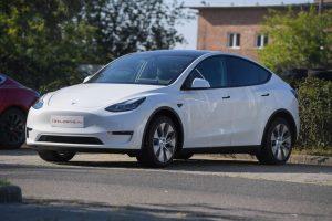 Пуснатият през януари 2021 г. по-евтин SUV на Teslla