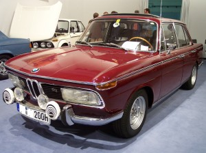 BMW_2000_tii_red_vl_TCE