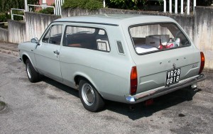 Ford_Escort_MkI_Station_Wagon,_rear_cropped