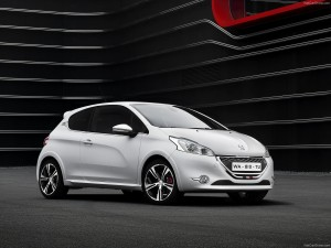 Peugeot-208_GTi_2014_1600x1200_wallpaper_01