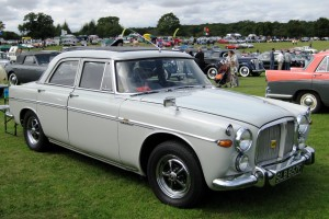 Rover_3.5_ak_especially_in_retrospect_as_Rover_P5_3529cc_first_registered_January_1968