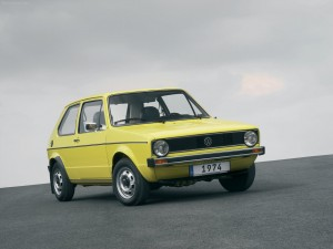 Volkswagen-Golf_I_1974_1280x960_wallpaper_01