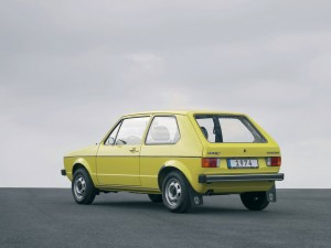 Volkswagen-Golf_I_1974_1280x960_wallpaper_03