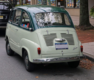 1959_Fiat_600_Multipla_rear