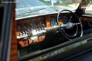71_Daimler_DS420_Limo_DV-07-CC_i03