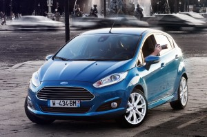 2013-Ford-Fiesta-Attractive-View