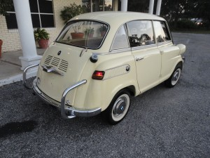 1958 BMW Isetta 600 Limo Pale Yellow 11.29.2010 014