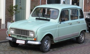 Renault_4_Aardenburg_April_2008
