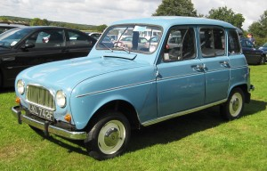 Renault_4_earlier_grill_845cc_1967