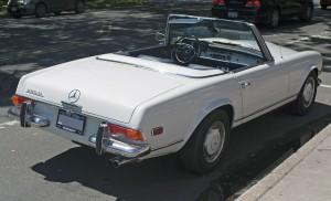 1280px-1967_Mercedes-Benz_250SL