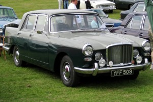 Vanden_Plas_3-litre_first_registered_February_1961_2912cc