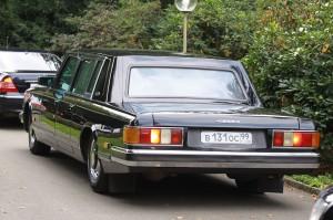 Dmitry_Medvedev's_ZiL-4104_limousine