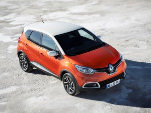 Renault-Captur_2014_1280x960_wallpaper_02