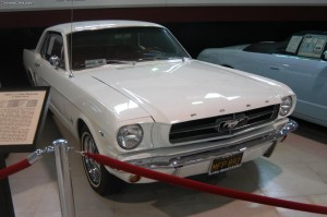 1964_ford_mustang_coupe_sd_03