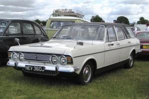 1280px-Ford_Zodiac_Mk_IV_estate_Reg_April_1971