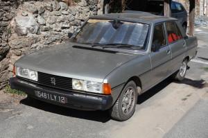 1280px-Peugeot_604_GTD_Turbo_-_Flickr_-_Joost_J._Bakker_IJmuiden