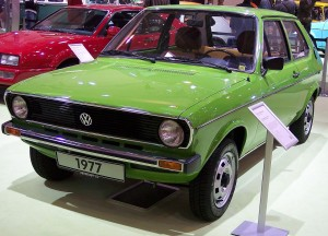 1280px-VW_Polo_LS_I_1977_green_vl_TCE