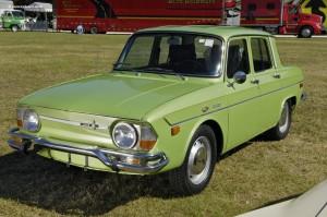 71-Renault-10-Sedan-DV-08_WWA_01