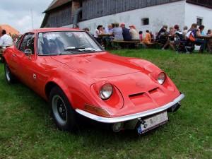opel-gtbj1969-steht-mit-seinen-90ps-29084