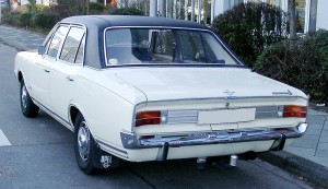 1024px-Opel_Commodore_A_rear_20080126