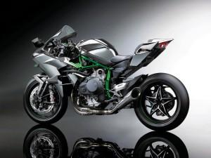 2015-Kawasaki-Ninja-H2R-02