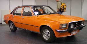 Opel_Commodore_vr_orange_TCE