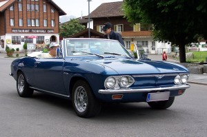 1280px-Chevrolet_Corvair_BW_3