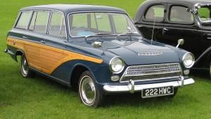 1280px-Ford_Consul_Cortina_estate_timber_effect_1963_ca_1500cc