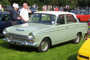 Ford_Cortina_GT_1965_Castle_Hedingham_2008