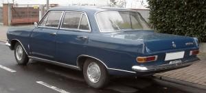 Opel_Rekord_A_rear_20091211