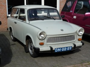 trabant-p-601-stationwagen-benzine-beige-001--62477945-Large