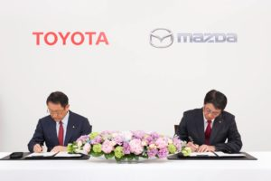 toyota-and-mazda-enter-partnership-to-share-technologies-reduce-costs_3