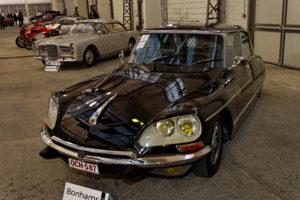 Предложения от търга Bonhams в Париж през 2012 г. Citroën DS 21 Prestige Chapron 1972