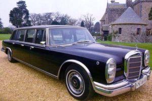 5.От Mercedes-Benz 600 Pullman с 6 врати по онова време има само два екземпляра