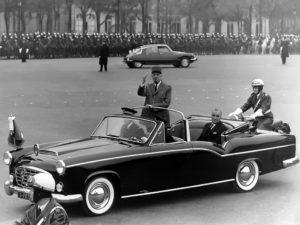Преди това Де Гол се возел и на Citroen Traction Avant 15-Six H Presidentielle Chapron