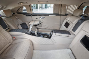 Mercedes-Maybach-S600-Pullman-r2016- ear-interior-side-view