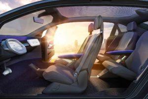 1- Volkswagen-ID-Crozz-Concept-interior-overview-02