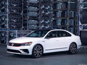 Volkswagen-Passat_GT_US-Version-2018-1280-01