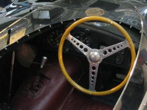 1024px-Jaguar_D-type_interior
