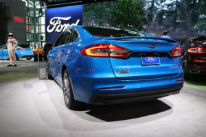 2019-ford-fusion-16-720x480-c