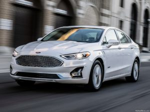 Ford-Fusion-2019-1280-02