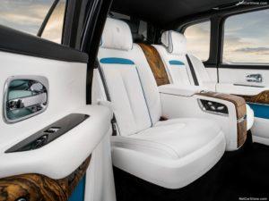 Rolls-Royce-Cullinan-2019-1024-1a