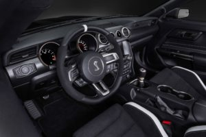 2019-Ford-Mustang-Shelby-GT350-Interior