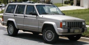 800px-Jeep-Cherokee-XJ