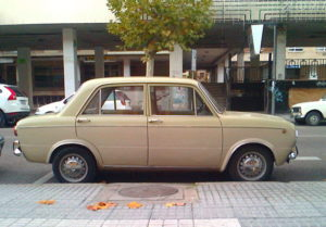 800px-Seat_850_4P_20121202_014