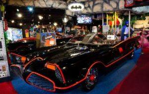 Hollywood-Star-Cars-066-Bat-335x212