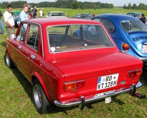 MHV_Fiat_128_02