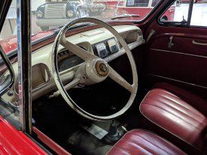 800px-1959_Henney_Kilowatt_Interior
